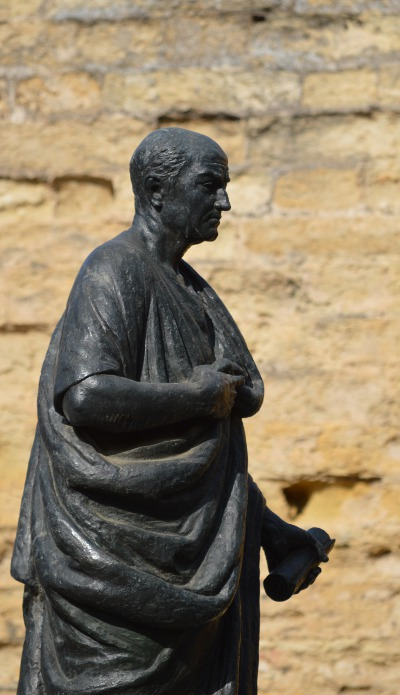 Das Senecadenkmal in Cordoba (Andalusien), der Geburtsstadt des Philosophen